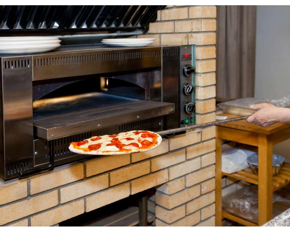 Какое оборудование нужно для пиццерии