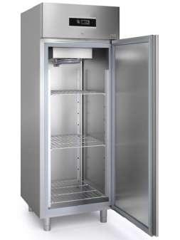 Холодильный шкаф Sagi FD70T